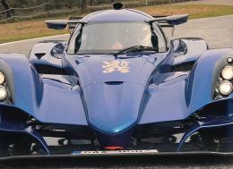 最好的可合法上路的赛车(Praga R1R)