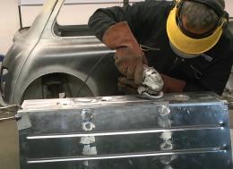 Binky项目-第十三期-奥斯汀Mini GT4--手工制作油箱